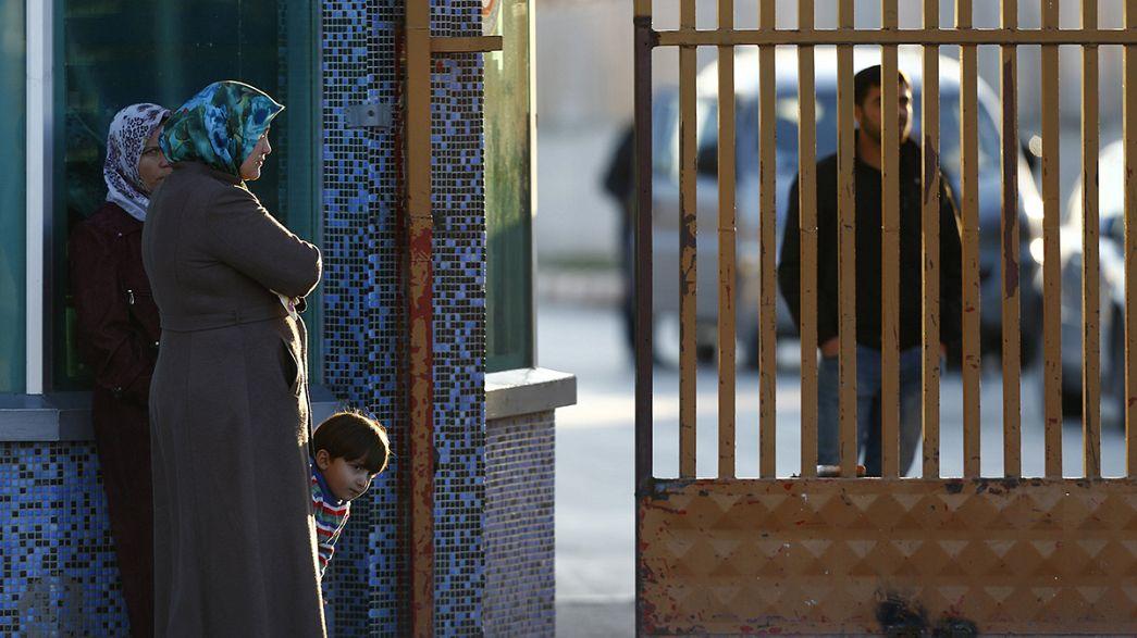 Weiter kein Durchkommen: Syrischer Flüchtlingsstau an der türkischen Grenze