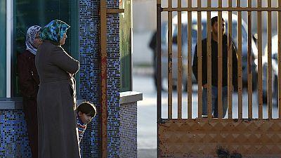 70 mil refugiados sírios às portas da Turquia