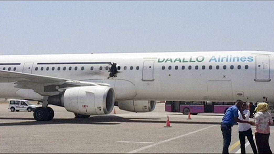Bombe in Flugzeug über Somalia: Galt Anschlag Turkish Airlines?