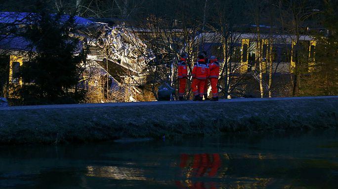 Éjjel is keresték a német vasúti katasztrófában eltűnt embert
