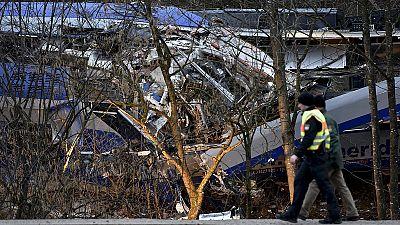 Keine Vermissten mehr nach Zugunglück von Bad Aibling - Bergung der Züge eingeleitet