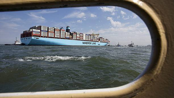 Oil write down hits Moller-Maersk profits