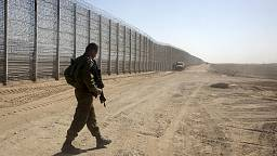 Netanyahu pledges to protect Israel 'from predatory animals'