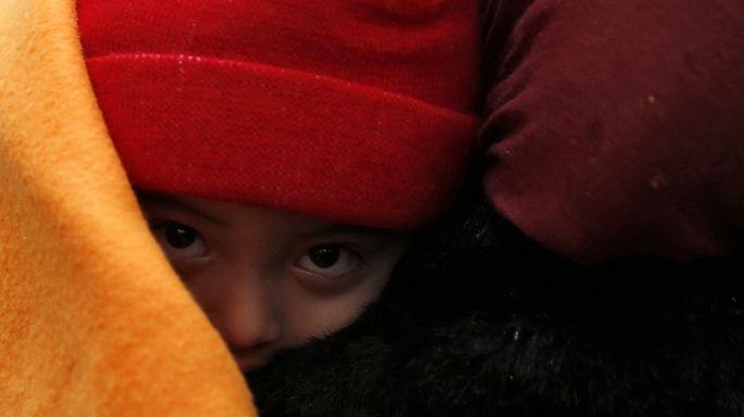 Greece under renewed pressure to help fix migrant crisis