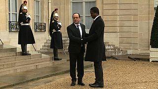 Le président zambien reçu par Hollande à l'Elysée