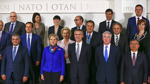 Migrant crisis: Surprise Turkey-Germany proposal for NATO help hijacks meeting