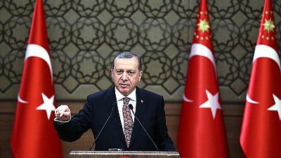"""Erdogan culpa a EE.UU. del """"baño de sangre en Siria"""" por apoyar a los rebeldes kurdos"""