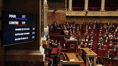 Francia: l'Assemblea Nazionale approva la legge per la revisione della Costituzione