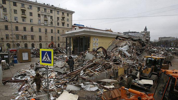 بلدية موسكو تهدم اكثر من مئة كشك بالعاصمة