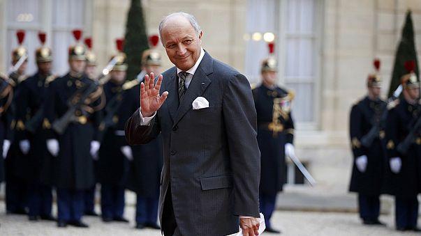 وزير الخارجية الفرنسي فابيوس يغادر الحكومة