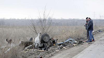 Ukraine : un minibus saute une mine antichar près de Donetsk