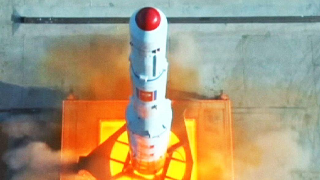 Televisão norte coreana difunde vídeo de lançamento de míssil