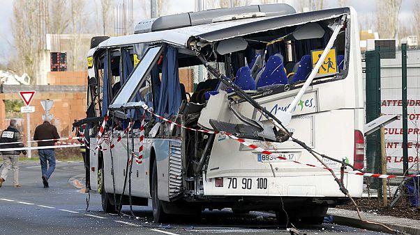 مرگ دستکم ۸ دانش آموز در ۲ سانحه تصادف در فرانسه