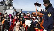 Migrant crisis: EU 'dream' in jeopardy, says Avramopoulos