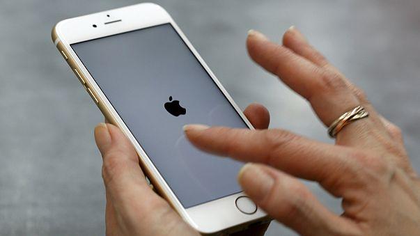 Perhez vezethet az iPhone 6-osok lefagyása