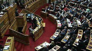 Ελλάδα: Με 154 «ναι» εγκρίθηκε η τροπολογία για τις άδειες των τηλεοπτικών σταθμών