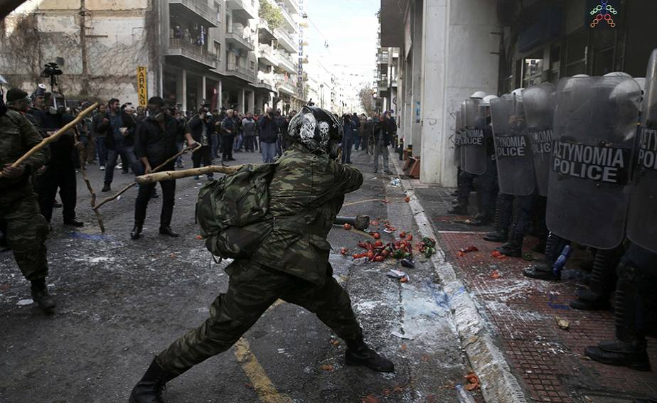 Grèce : paysans en colère devant le ministère de l'Agriculture