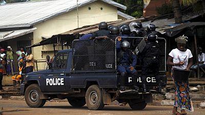 17 gardes à vue pour le meurtre du journaliste guinéen