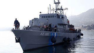 В связи с наплывом беженцев ЕС выдвинул Греции ультиматум