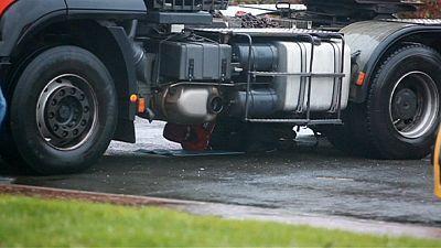 Opération de Greenpeace contre un équipement de l'EPR de Flamanville