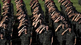 Brésil : des militaires formés à la lutte contre le virus Zika