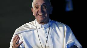 Warm welcome for Pope Francis as he kicks off Mexico visit