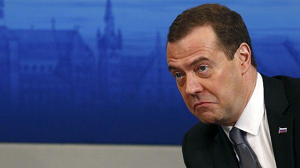 """München: Medwedew spricht von """"neuem Kalten Krieg"""""""