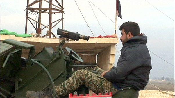 El Ejército sirio, cerca de Alepo tras bloquear la última ruta de suministro de los rebeldes