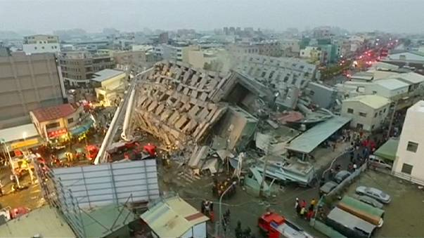 Taiwan quake: rescue efforts over at site of toppled apartment block