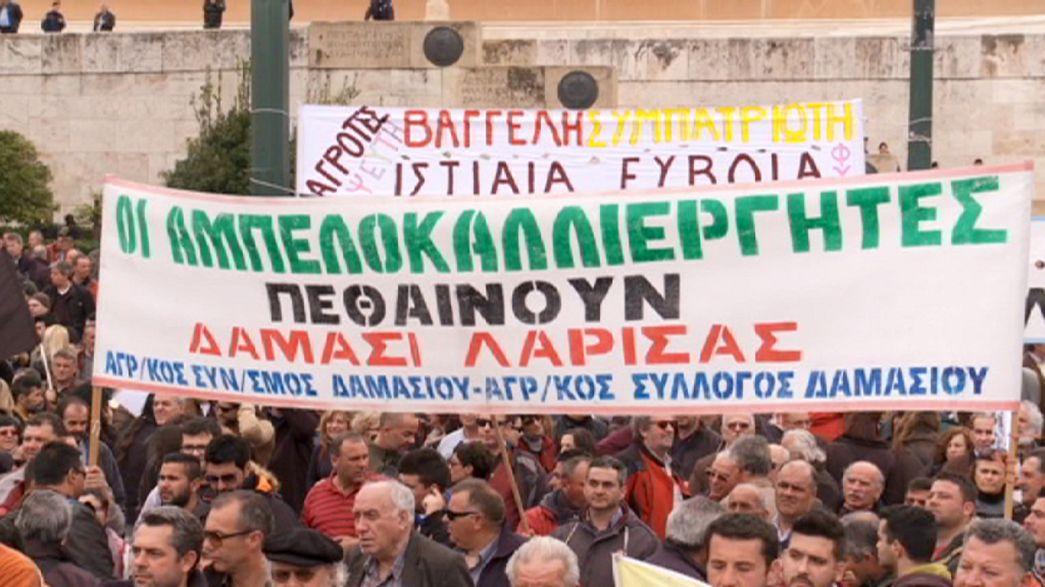 Segundo día de concentraciones de agricultores en Atenas contra la reforma de las pensiones