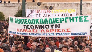 Második napja tüntetnek a görög gazdák Athénban