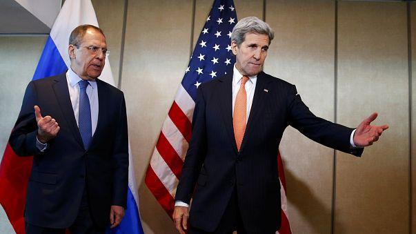 الأزمة السورية تفرض نفسها خلال أشغال مؤتمر السلام