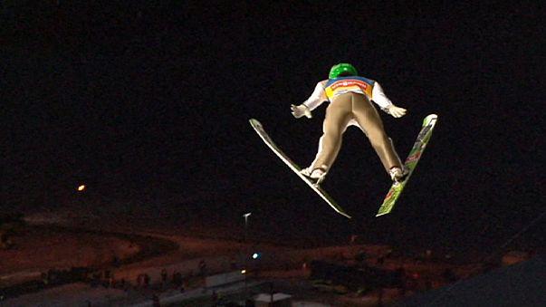 Saltos de esqui: Prevc, o líder de Vikersund