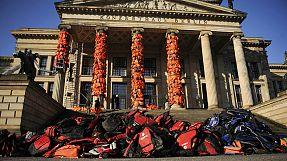 Ai Weiwei's refugees reminder during Berlin's film extravaganza