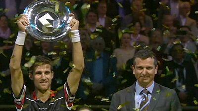 Klizan gewinnt überraschend ATP Finale in Rotterdam