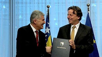 Bósnia apresenta pedido oficial de adesão à UE