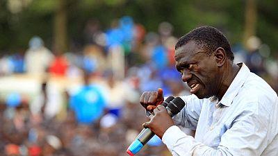 Ouganda : Un candidat à la présidentielle remis en liberté