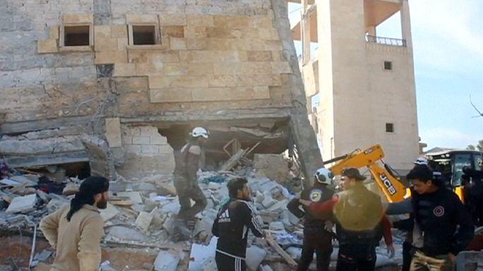 مقتل وجرح العشرات في قصف روسي صاروخي على مشفيين في إدلب وحلب