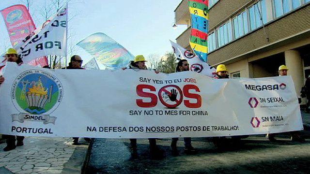 مظاهرة في بروكسل لعمّال و عاملات قطاع صناعة الصلب في أوروبا