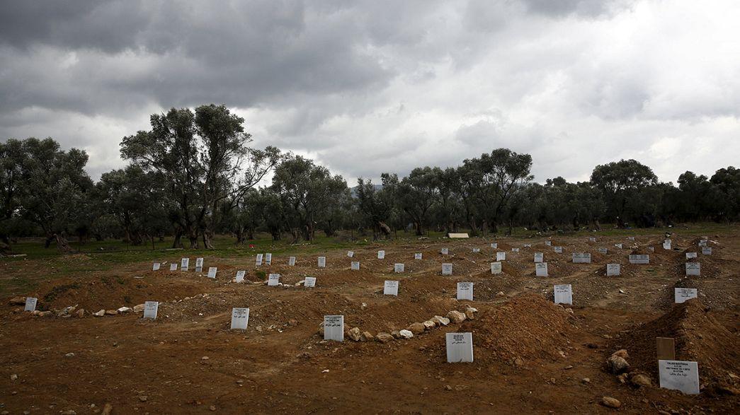 Lesbos y el cementerio de 'los sin nombre'