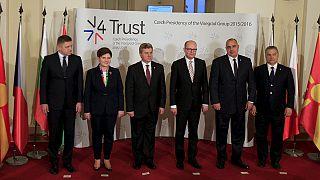 """مجموعة """"فيسغراد"""" تقر خطة """"بديلة"""" لمنع تسرب اللاجئين"""