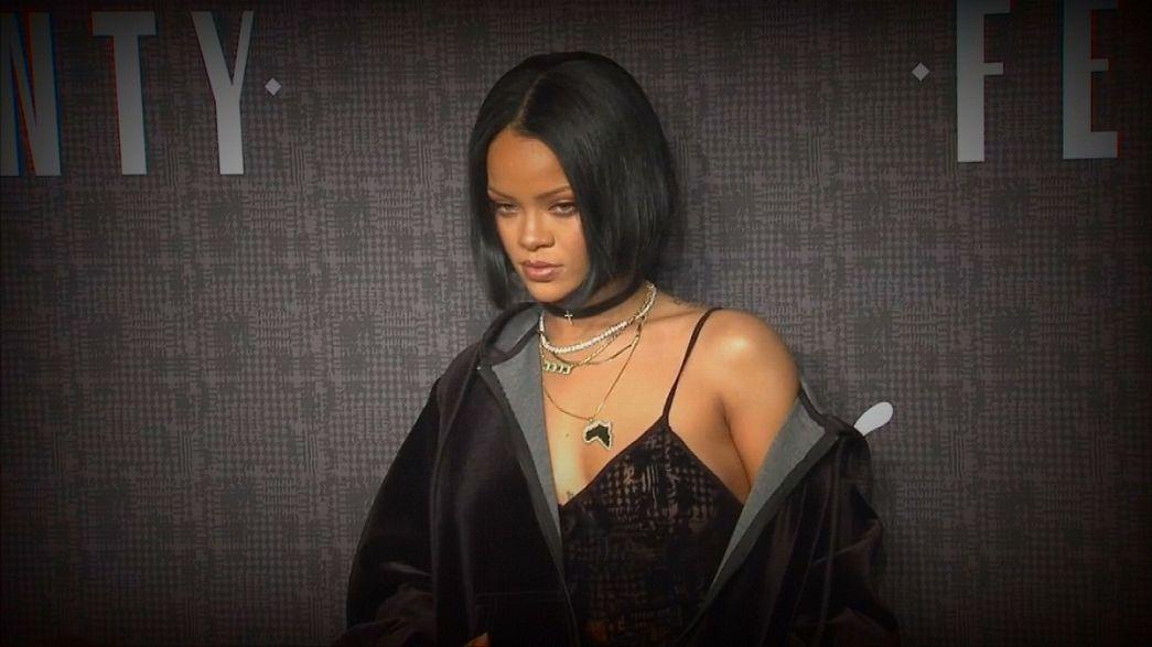 New York Moda Haftası'nda Rihanna rüzgarı