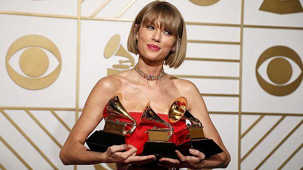 درخشش «تیلور سویفت» و «کندریک لمار» در مراسم اهدای جوایز گرمی