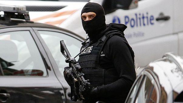 Brüksel'de DAEŞ ile bağlantılı 10 kişi tutuklandı