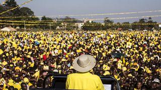 Ouganda : la jeunesse ciblée par les candidats à la présidentielle