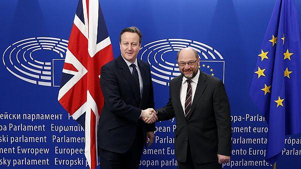 في جولته الاوروبية، كاميرون الى البرلمان الاوروبي