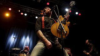 """Konzert als Therapie: """"Eagles of Death Metal"""" zurück in Paris"""