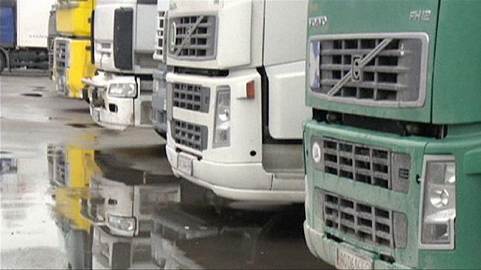 Moscou immobilise les poids lourds ukrainiens en transit en Russie