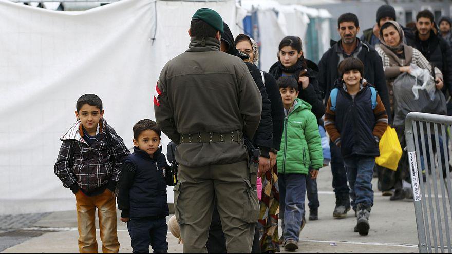 Áustria reforça controlo de fronteiras para travar entrada de migrantes