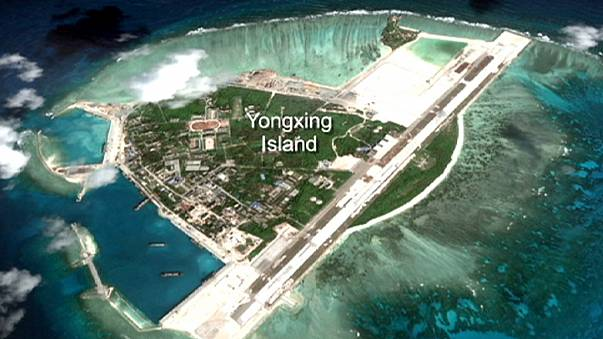 Güney Çin Denizi'nde füze gerginliği